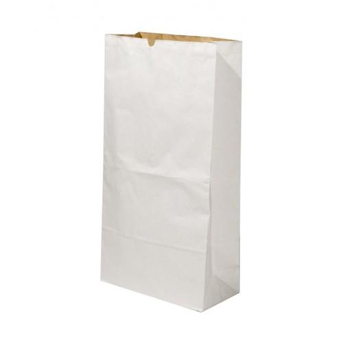 Sacchi di carta bianchi da 5 e 10 kg di farina.