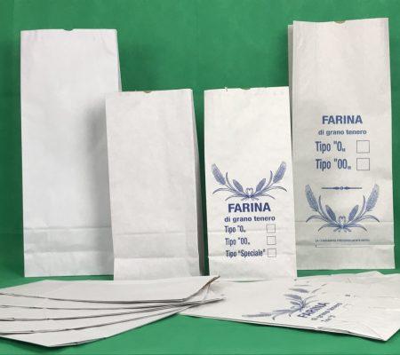 Sacchi da 5kg, 10 kg con scritta Farina di Grano tenero